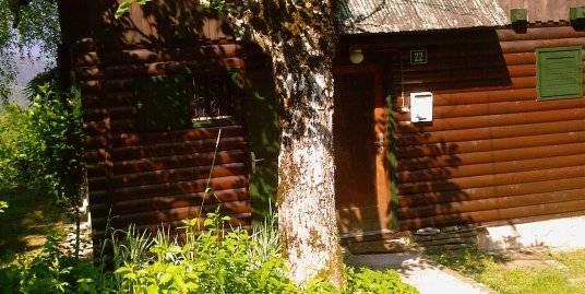HRVAŠKA, Podstene-Lesen bivalni vikend z zemljiščem
