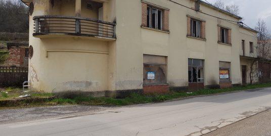 Poslovno stanovanjski objekt DOLENJA VAS