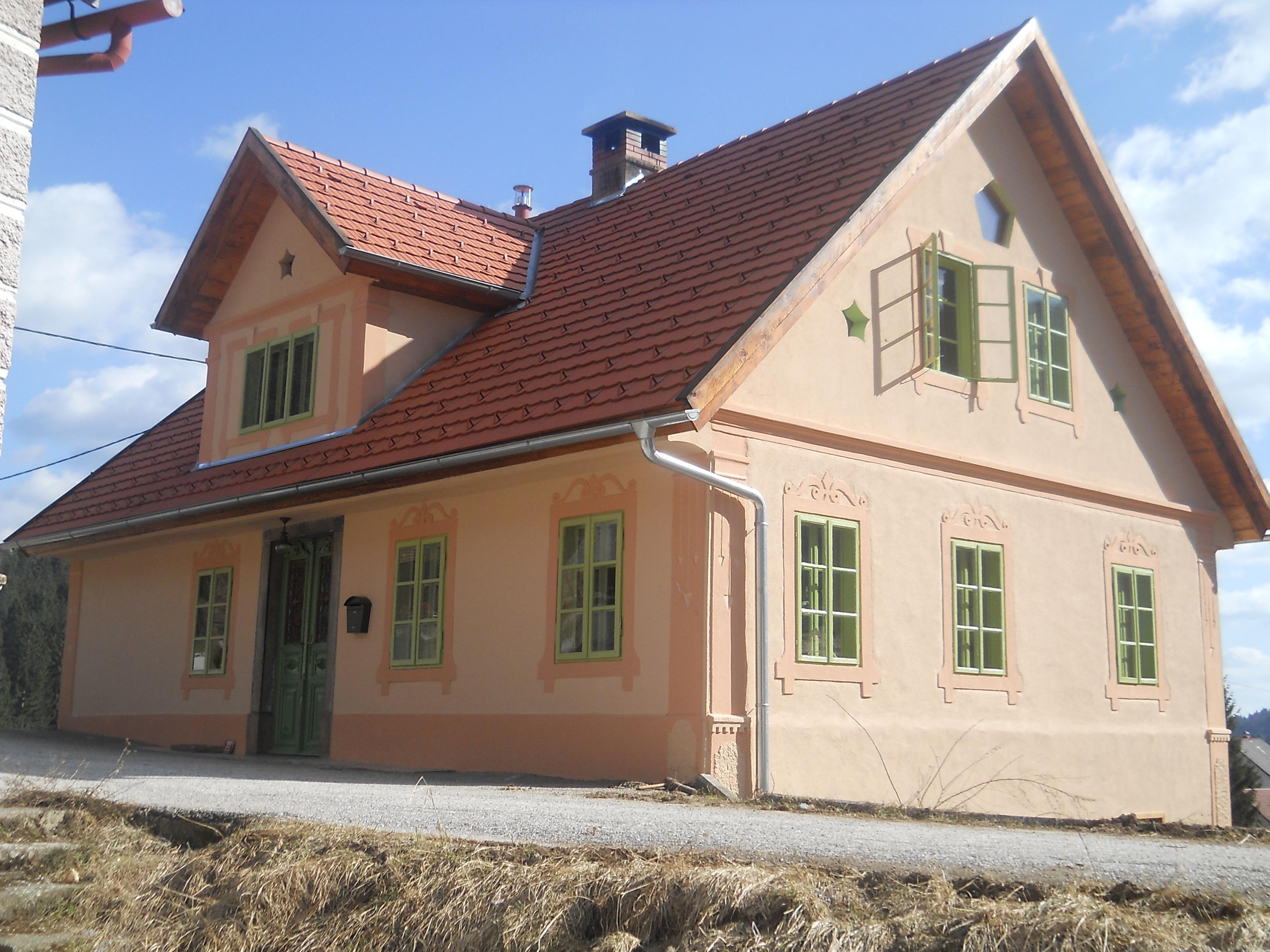 Loški potok (Draga)-popolnoma restavrirana starejša hiša