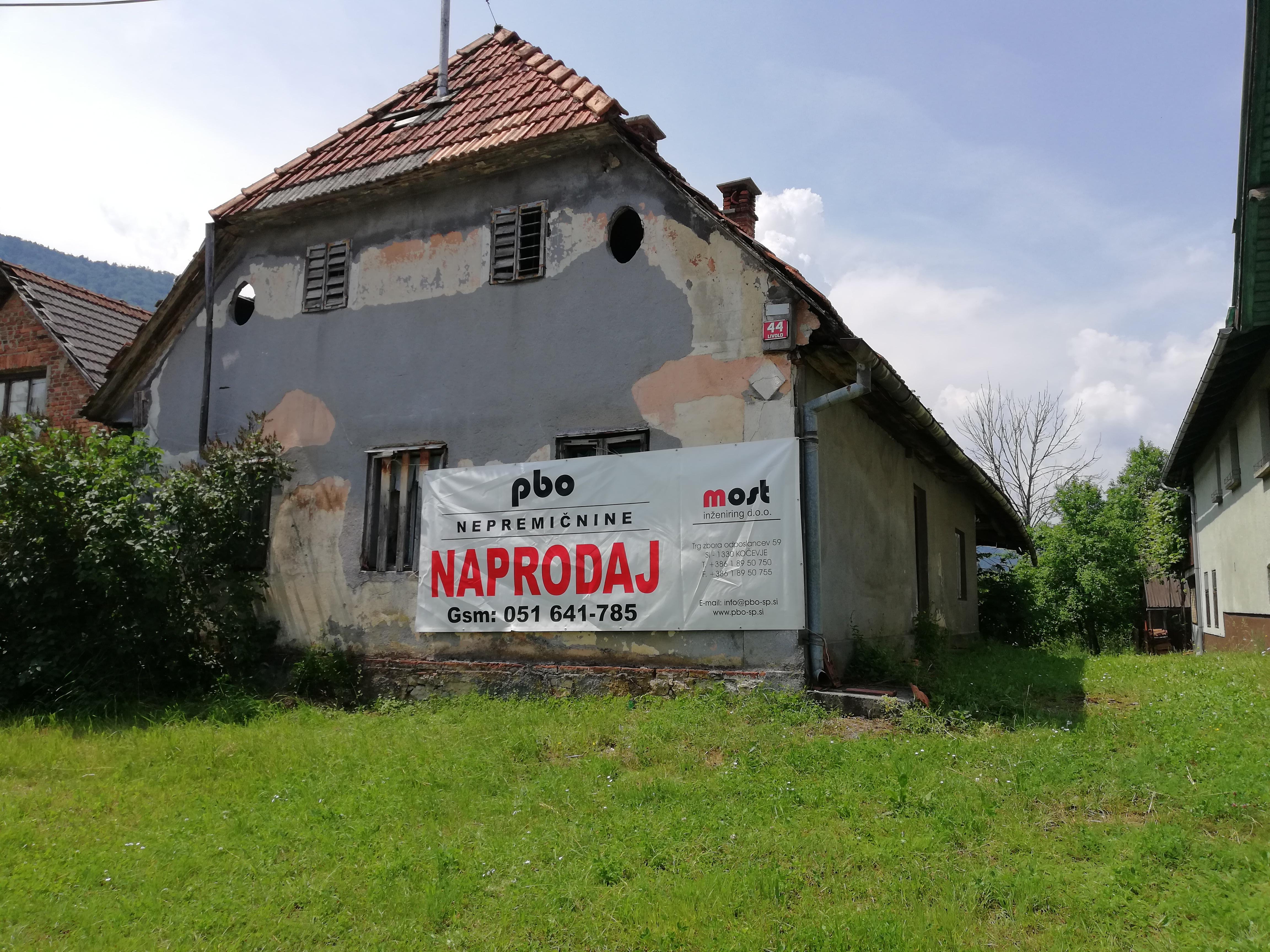 Kočevje (Livold) – starejša stanovanjska stavba s pripadajočimi objekti