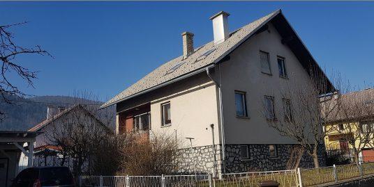 KOČEVJE (stanovanjska stavba)