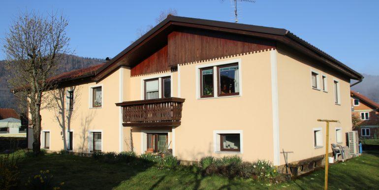 Hiša - zunanjost 1