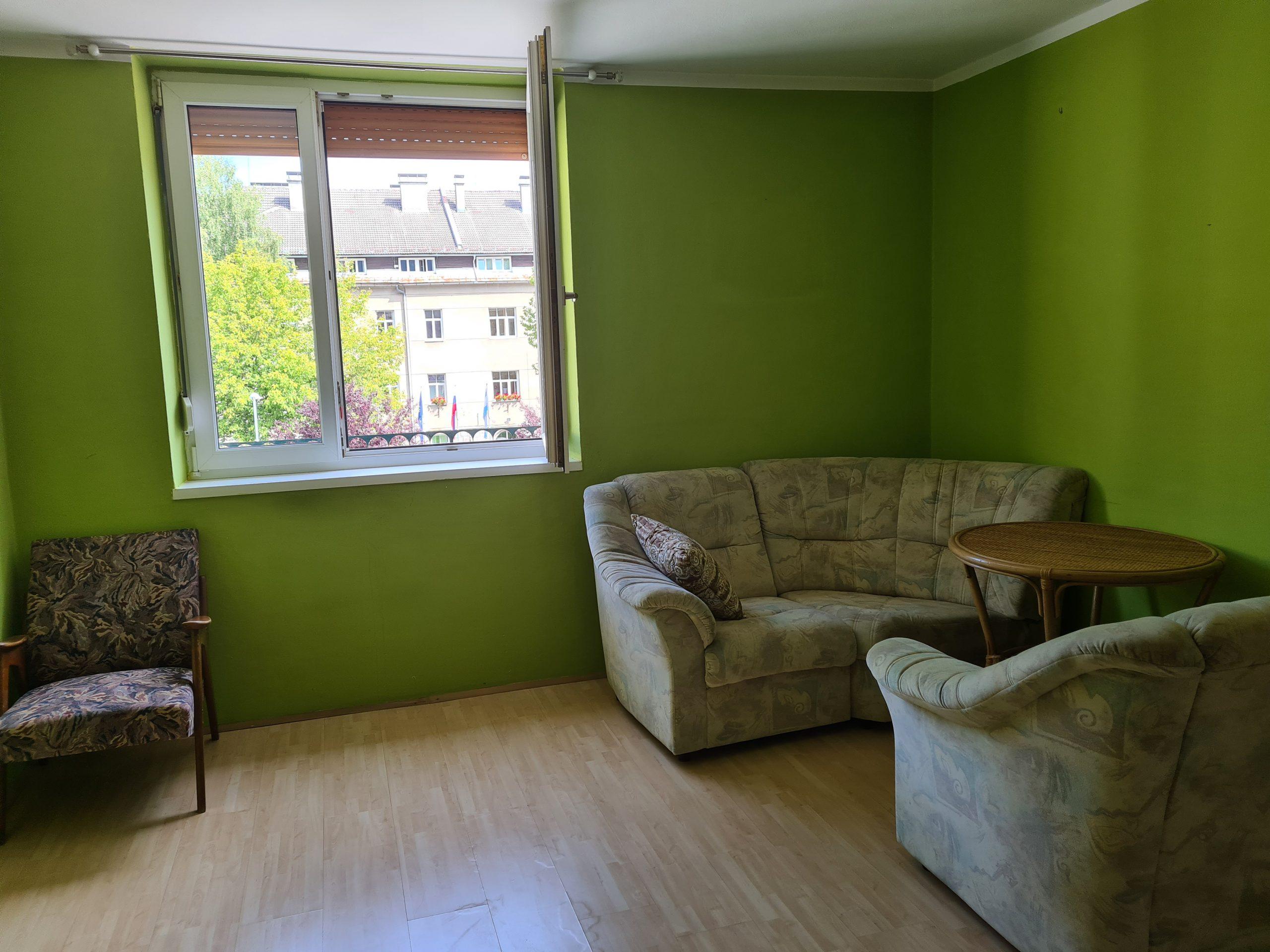 KOČEVJE(Ljubljanska cesta)-dvosobno stanovanje