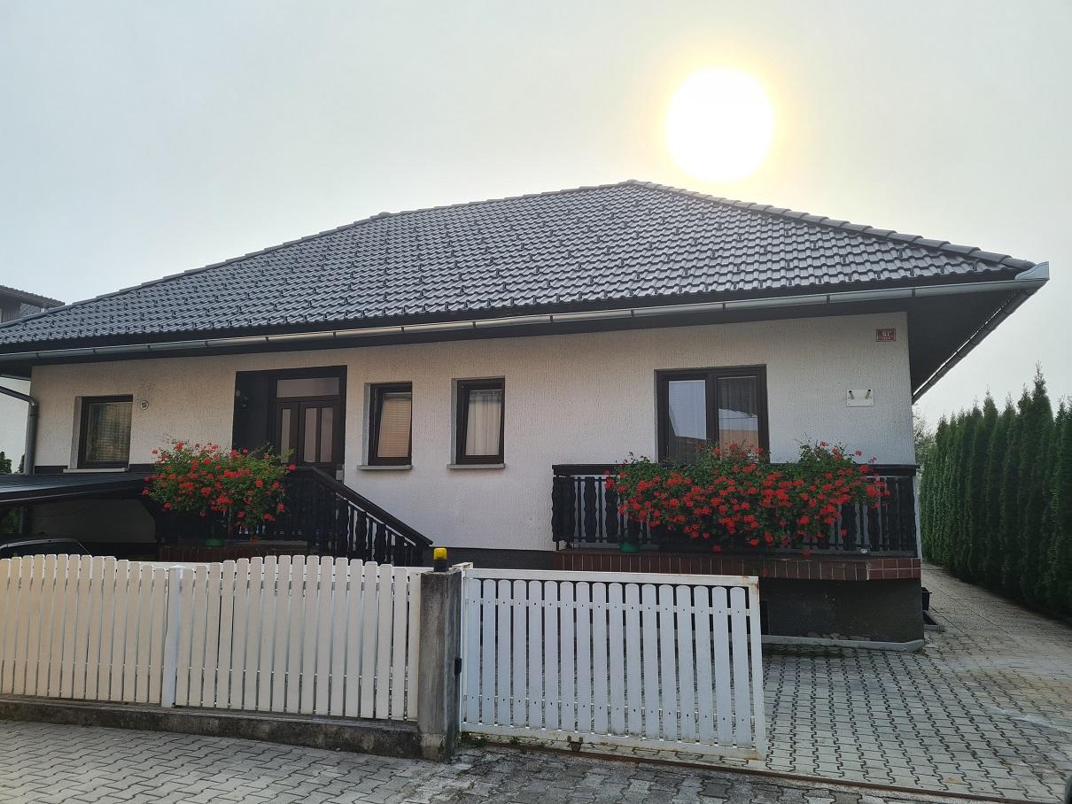 KOČEVJE (Livold)- stanovanjska stavba